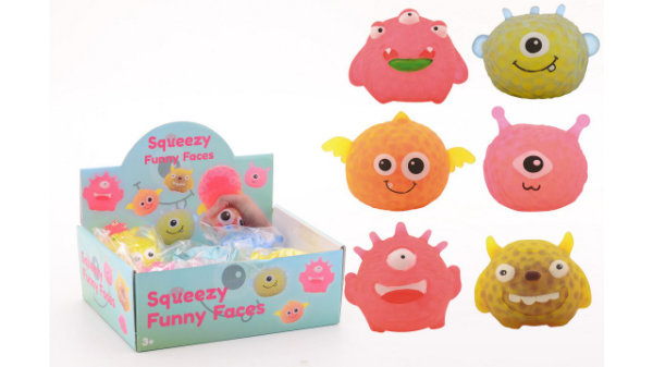 8 squeezy funny face in display 24334